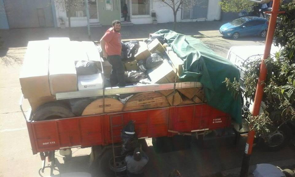 Camión listo para salir para Luracatao